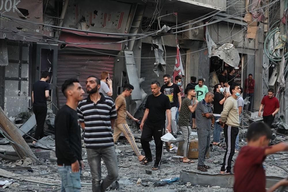 İsrail, Gazze'de sivillerin bulunduğu 14 katlı binayı vurdu - 34