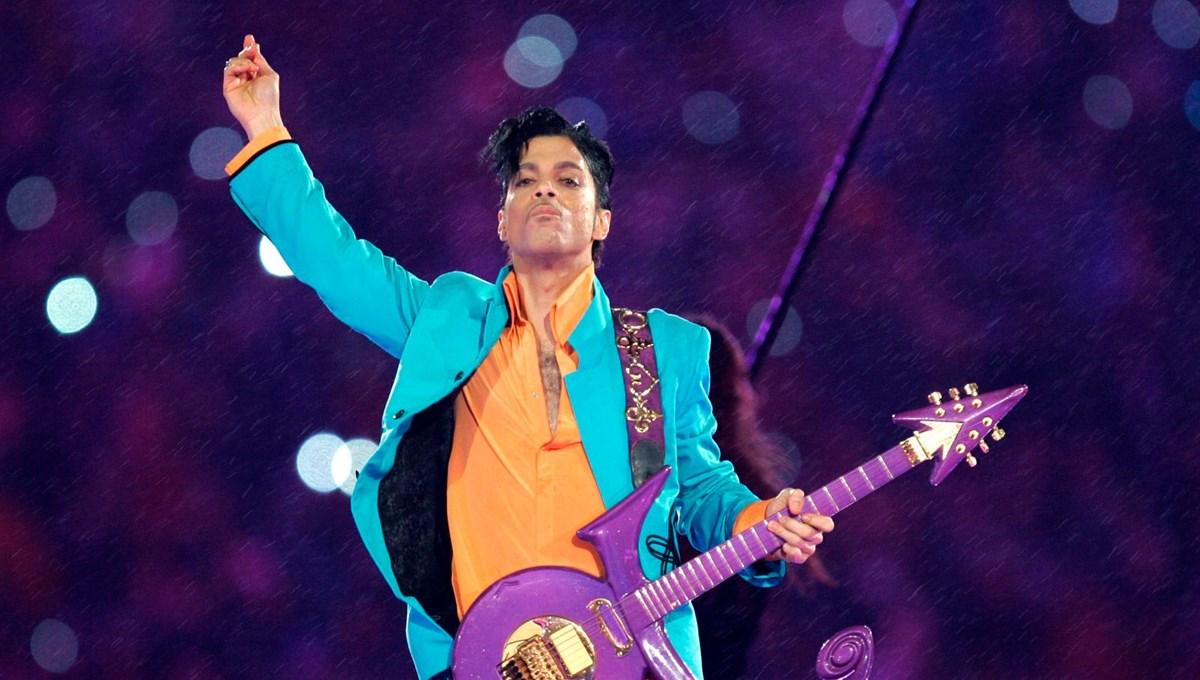 Efsanevi şarkıcı Prince'in ölümünün 5. yıl dönümü