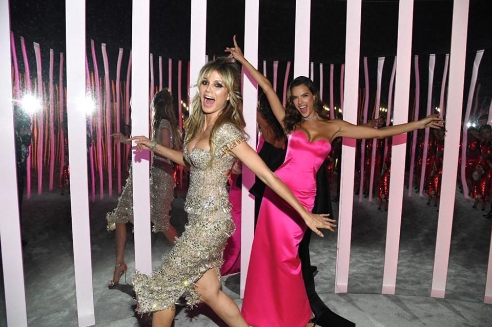 Heidi Klum ve Alessandra Ambrosioafter party'nin dikkat çeken isimleri arasındaydı