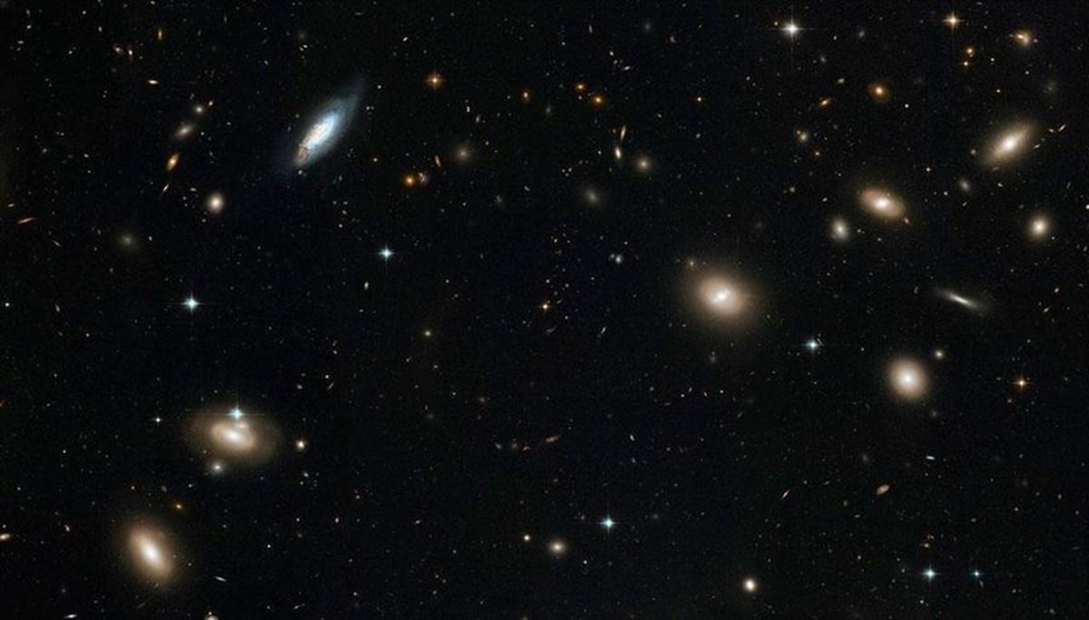 Gök bilimciler iki dev radyo galaksi keşfetti