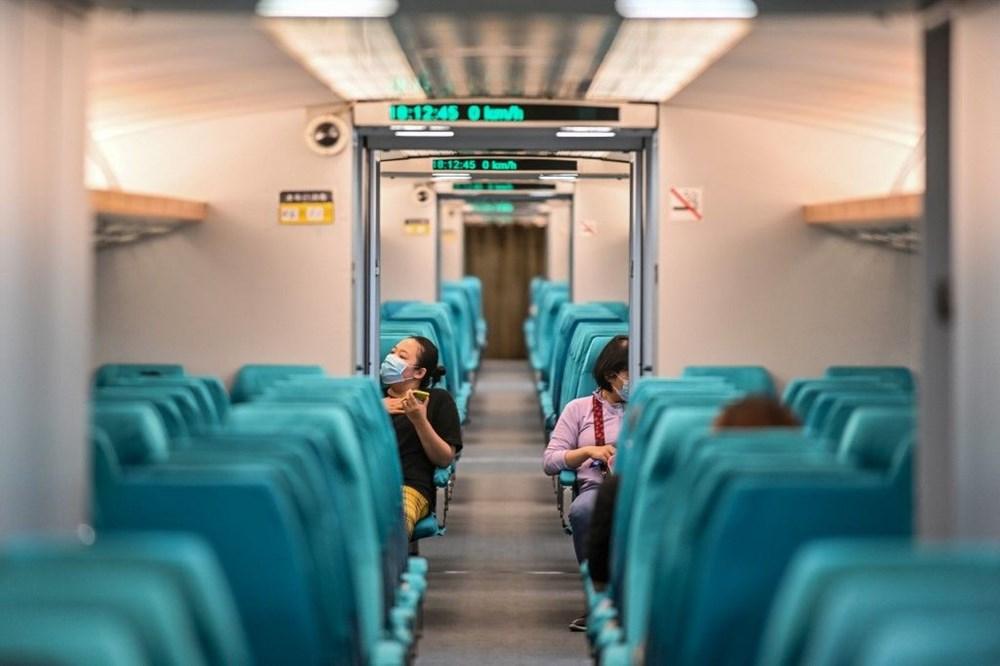 Çin raylara değmeden 600 km hızla giden trenini tanıttı - 5