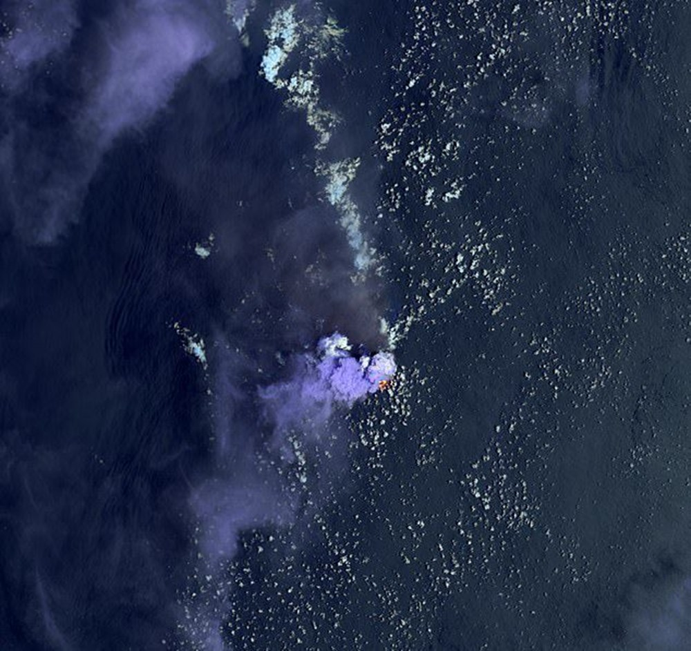 Devasa toz bulutu uzaydan görüntülendi (8 bin kilometre yol kat etti) - 54