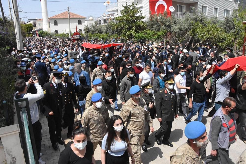 Şehit Teğmen Mehmet Kıvık, son yolculuğuna uğurlandı - 6