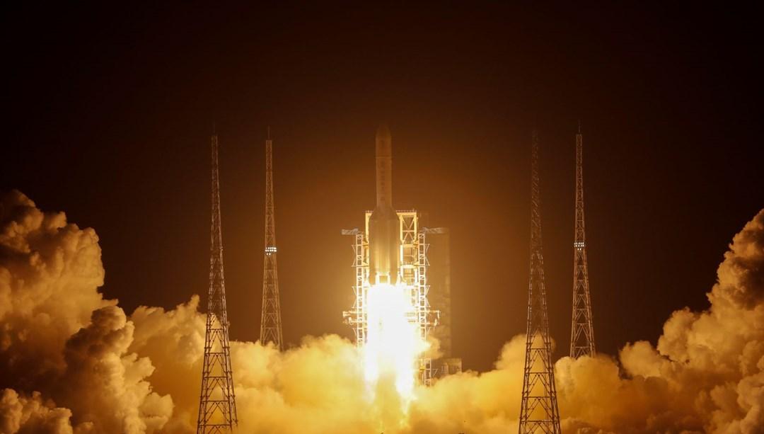 Çin, Chang'e 5 aracını uzaya fırlattı