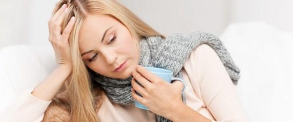 Boğaz ağrısına ne iyi gelir? Nasıl geçer? Boğaz iltihabını ne geçirir?