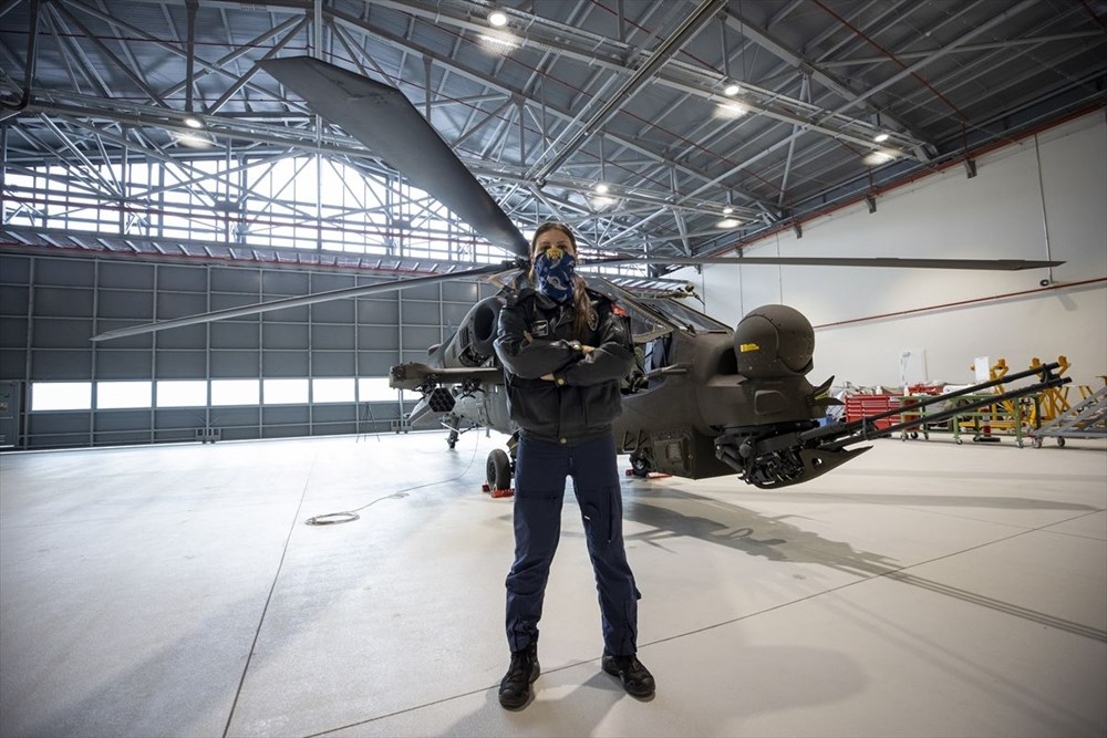 Türkiye'nin ilk kadın taarruz helikopter pilotu - 10