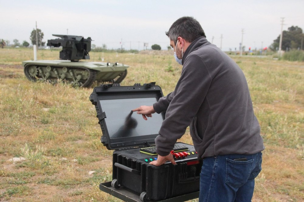 Silahlı drone Songar, askeri kara aracına entegre edildi (Türkiye'nin yeni nesil yerli silahları) - 44