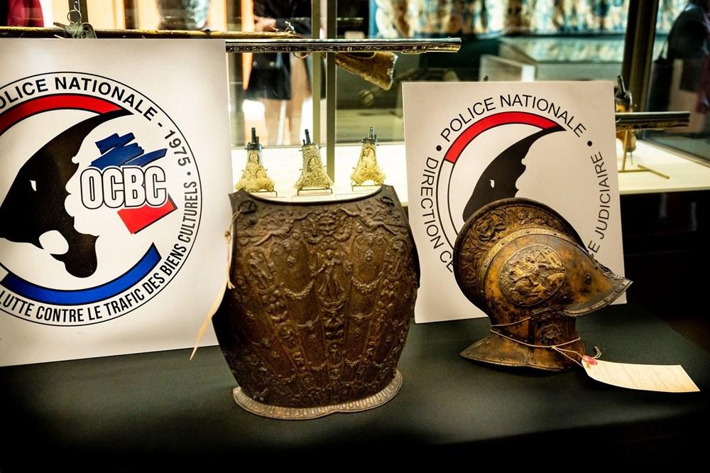 Louvre Müzesi'ndeki kayıp zırh ve miğfer 38 yıl sonra bulundu - 2