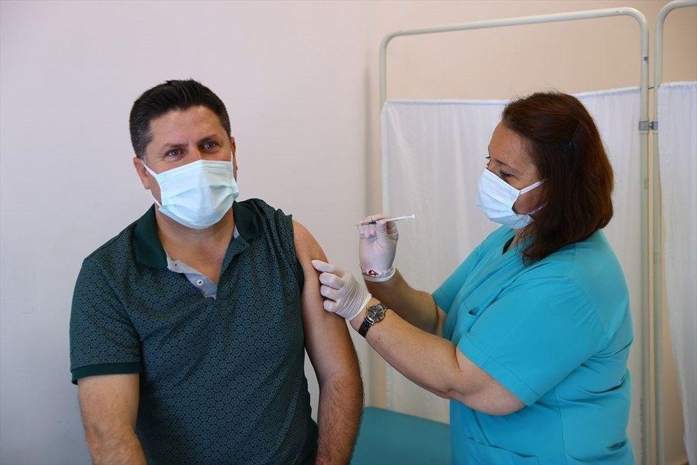 Hangi meslek grupları aşı oldu? Aşı sırası kimlerde? - 12