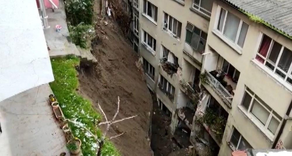 Bursa'da istinat duvarı çöktü: 3 apartman tahliye edildi - 7