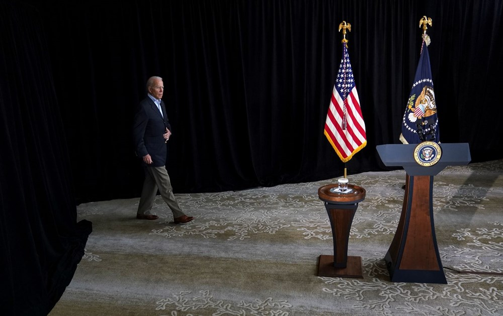 Biden visited: Race against time in collapsing building - 5