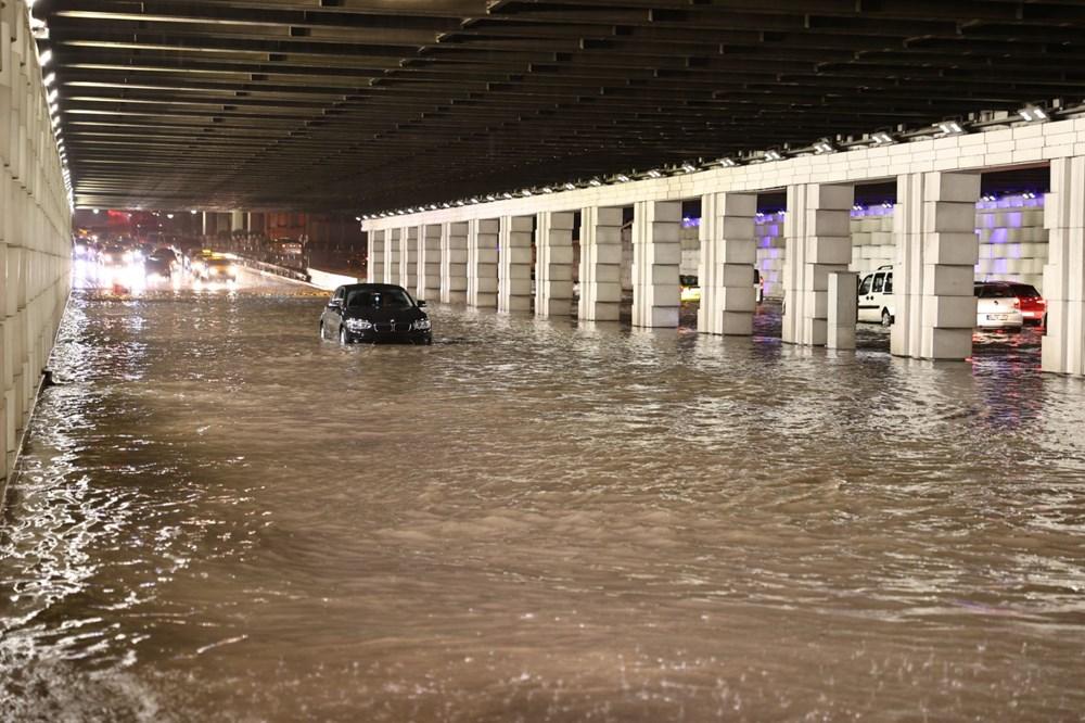 İzmir'i sel vurdu: 2 can kaybı - 2