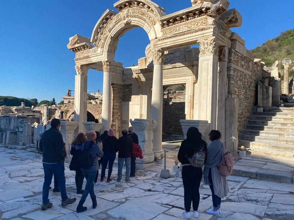 Efes Antik Kenti, pandemi döneminde de güvenli turizmin adresi oldu - 27
