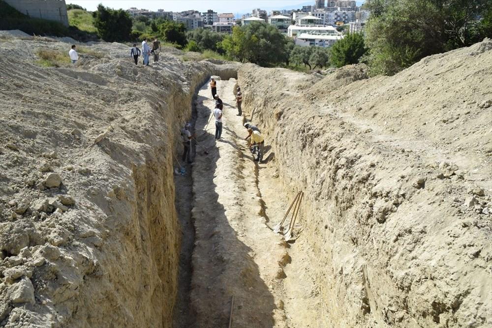 Kuşadası'nda inşaat alanındaki sondajda Milattan Önce 1'inci yüzyıla ait su kemeri bulundu - 5