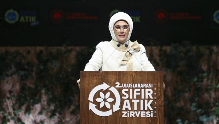 Emine Erdoğan: 25 bin kamu binasında sıfır atık projesine geçtik