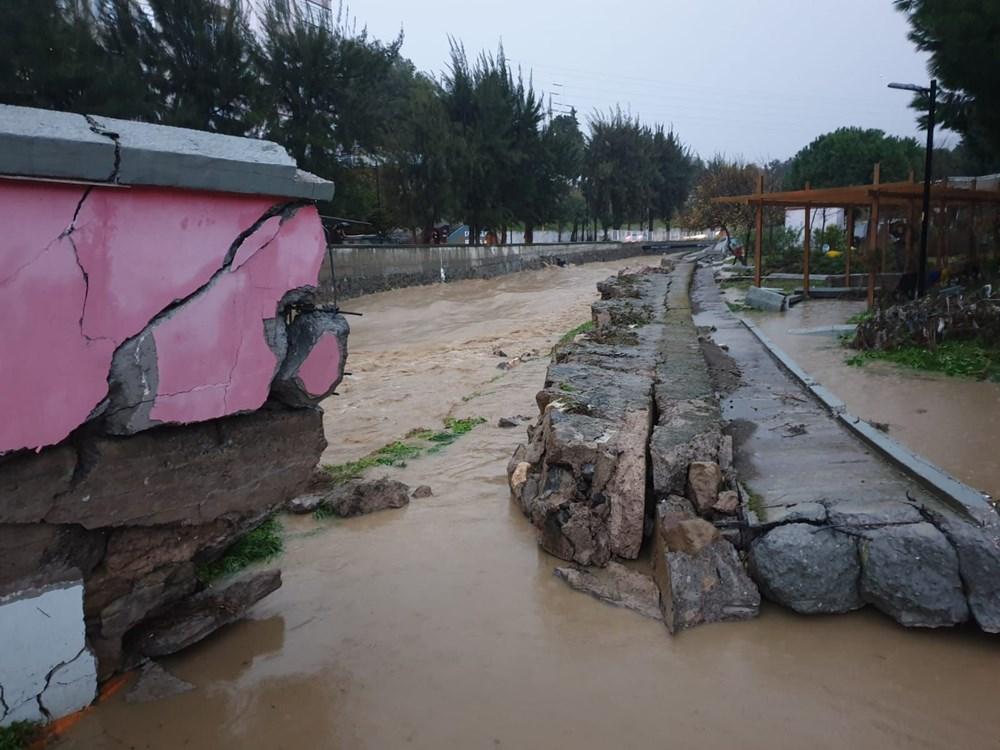 İzmir'i sel vurdu: 2 can kaybı - 31