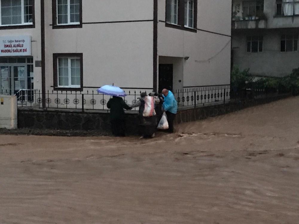 Şiddetli yağış Rize'yi de vurdu: 2 can kaybı - 8