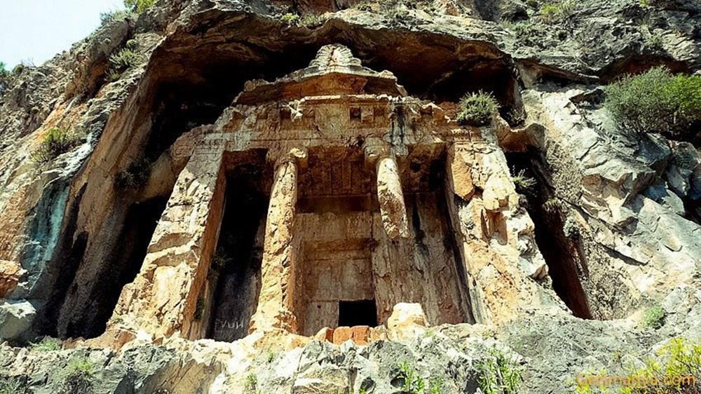 Kaunos Antik Kenti'ndeki kaya mezarları yok olma tehlikesiyle karşı karşıya - 5