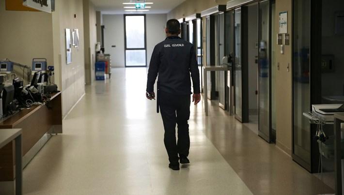Adana'da 2 hasta yakını güvenlik görevlilerini darp etti: 8 yaralı, 2 gözaltı