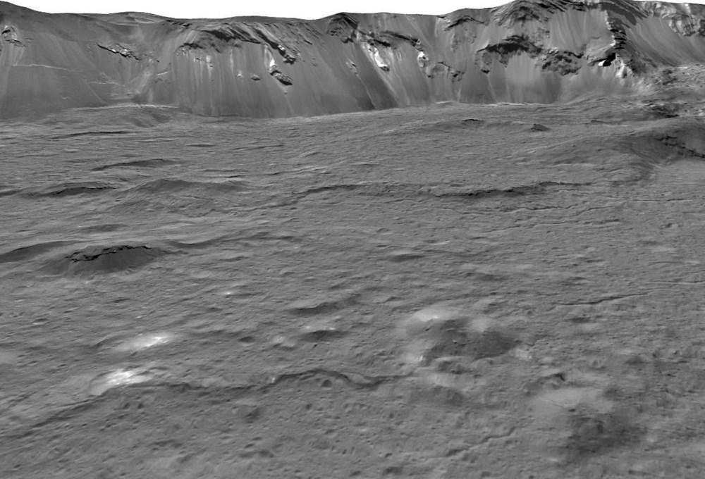 Dünya'ya en yakın cüce gezegen Ceres'te hayat olabilir - 4