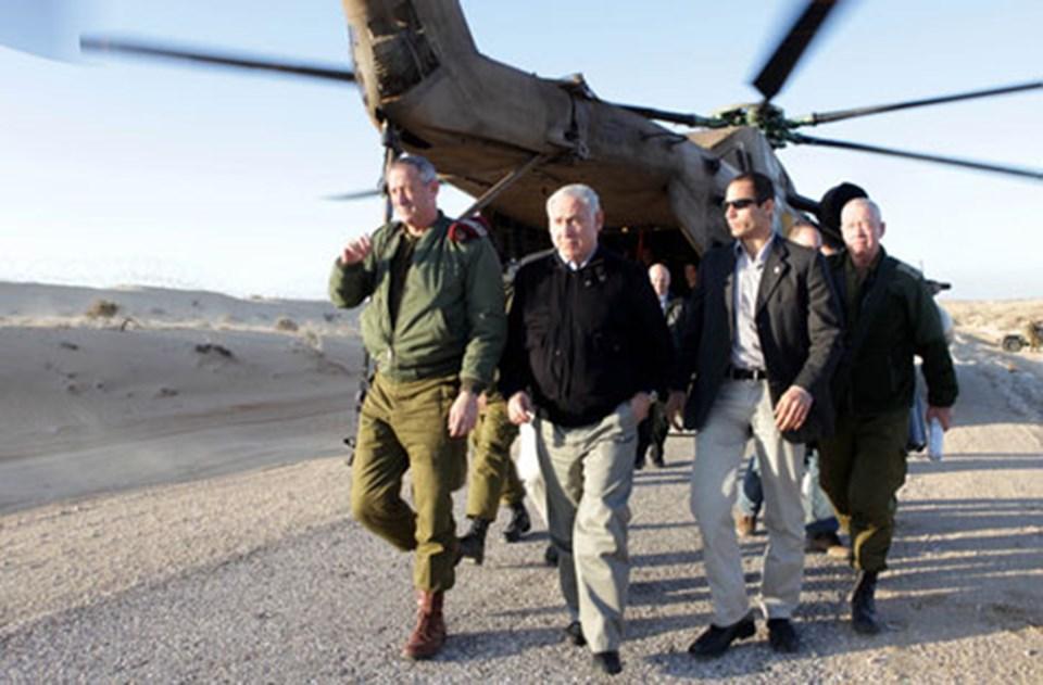 Galant (sağda), Netanyahu'yla.