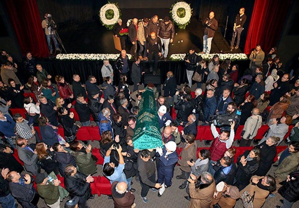 Tiyatro camiasının güler yüzlü ağabeyi: Erdal Tosun - 7
