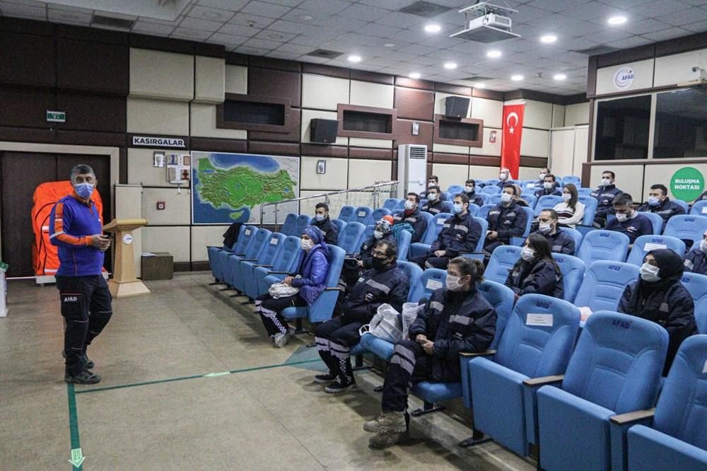İzmir depremi kahramanlarının zorlu eğitimi (AFAD gönüllüsü nasıl olunur?) - 17