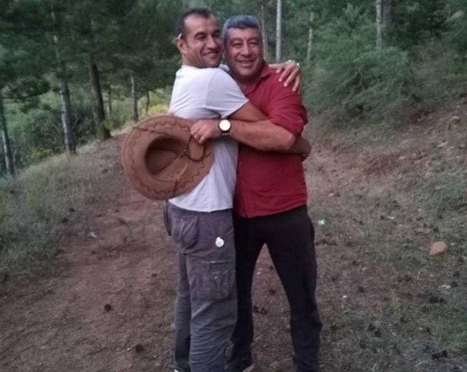 Samim Gonca (solda) ve İsmail Akar (sağda)
