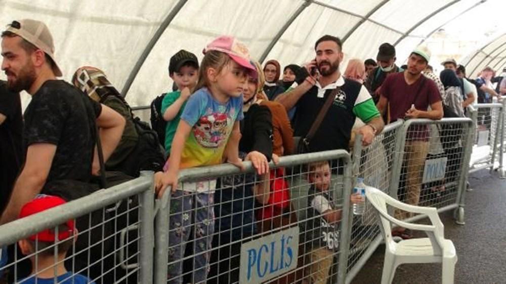 Binlerce Suriyeli bayram için ülkesine döndü - 3