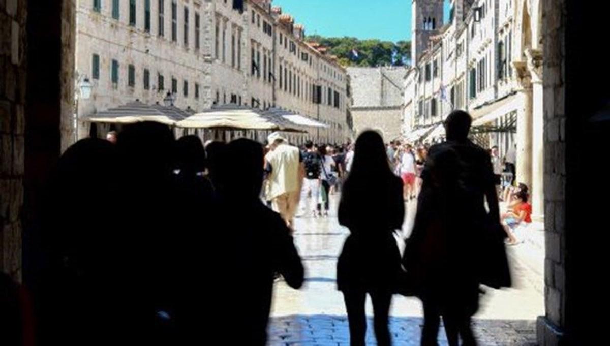 Corona virüs, AB ülkelerinde turizmi olumsuz etkiledi