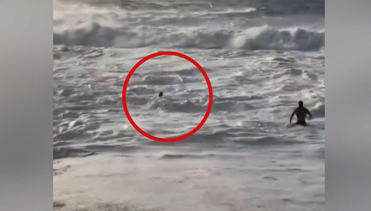 Ünlü sörfçü hayat kurtardı