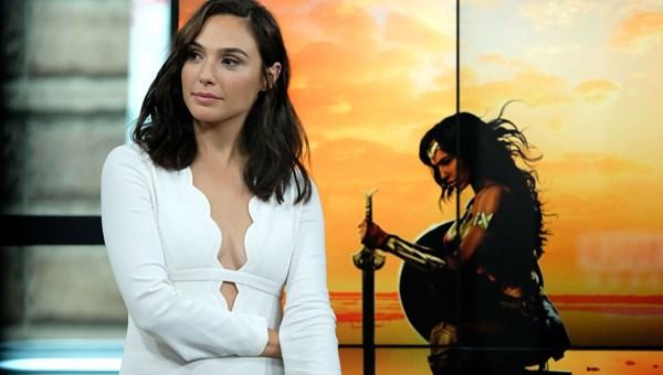 Wonder Woman 1984'ün vizyon tarihi değişti <span>(Corona'dan etkilenen film ve diziler)</span><br>
