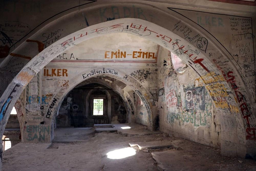 Definecilerin tahrip ettiği tarihi kilise, restore edilecek - 6