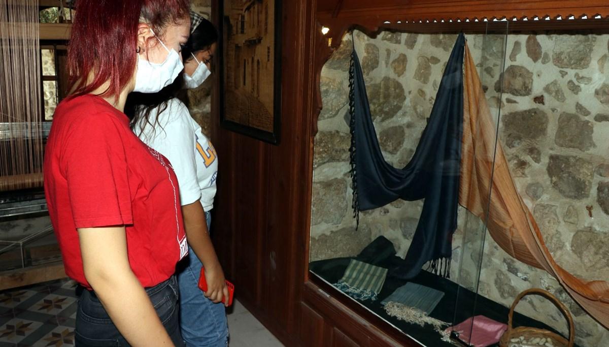 Unutulmaya yüz tutmuş el sanatları Hatay El Sanatları Müzesi'nde