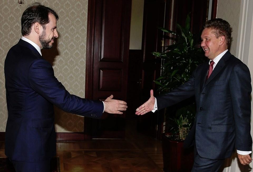 Enerji Bakanı Albayrak, Gazprom CEO'su Aleksey Miller ve beraberindeki heyetle görüştü.
