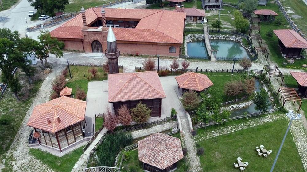 Dünyada bir benzeri olmayan köy: Ambarköy - 3