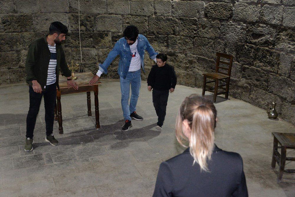 Diyarbakır'ın tarihi mekanları dizi çekimleri için doğal plato oldu - 8