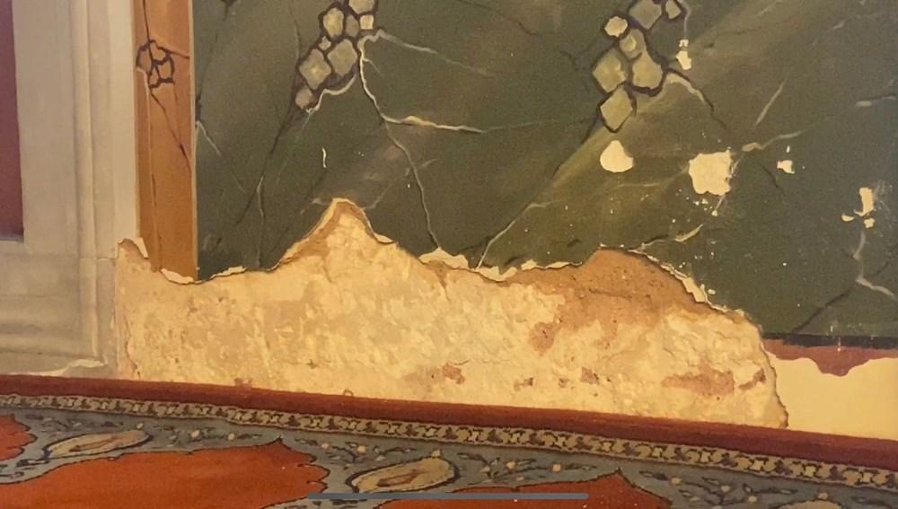 Beşiktaş'taki 465 yıllık cami rutubet nedeniyle dökülüyor - 3