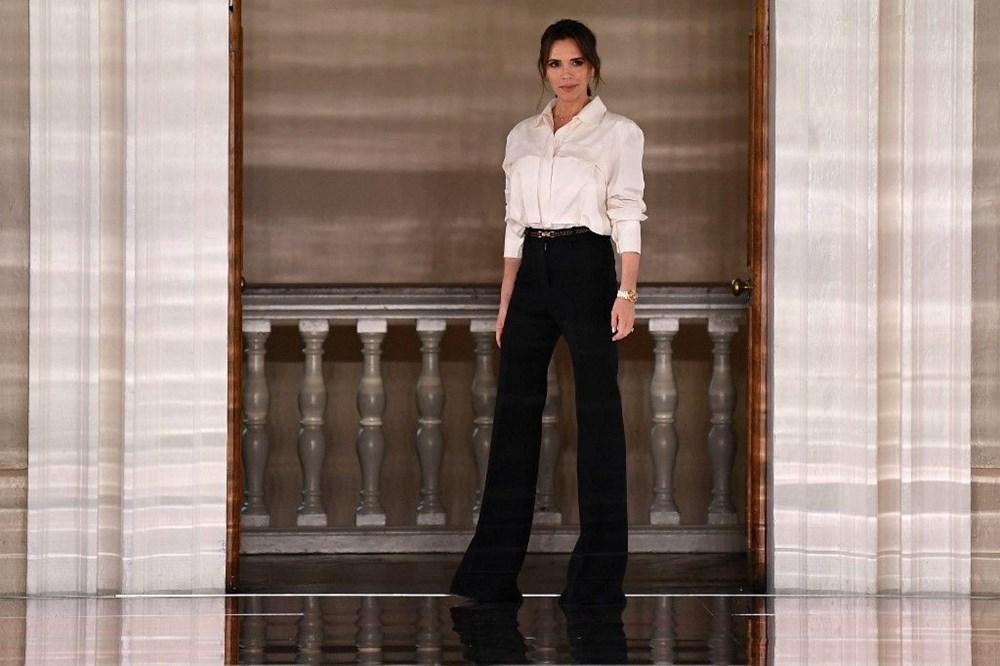 Victoria Beckham'dan pandemi çözümü: Evde kıyafet dene dönemi - 2