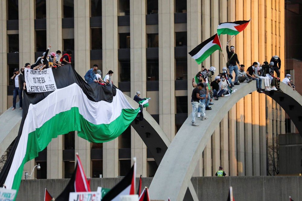 Israel's attacks on Palestinians were protested in Canada - 3