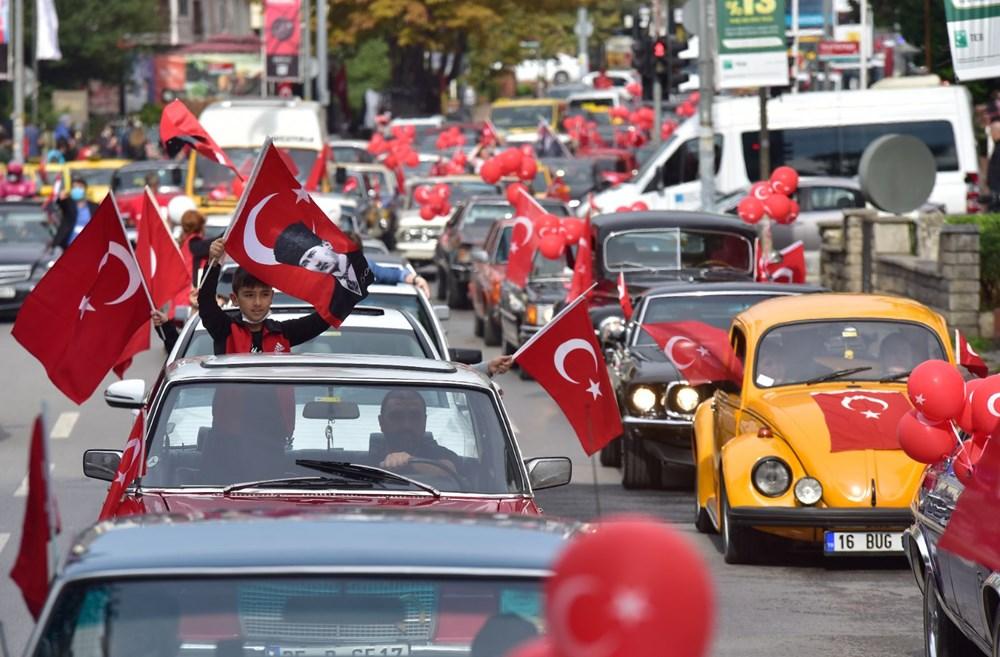 Kadıköy'de klasik otomobillerden Cumhuriyet Konvoyu - 5