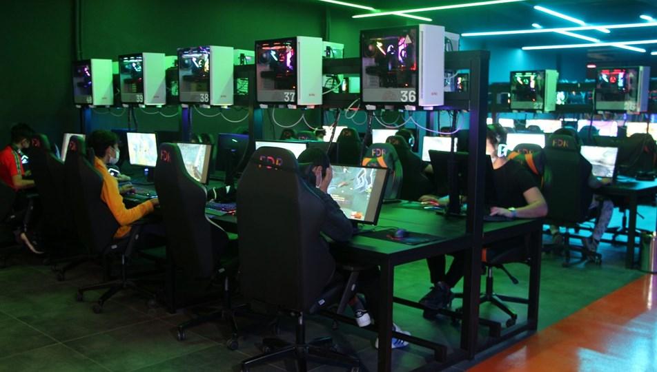 Covid-19 e-Spora yaradı: Oyun oynayarak ayda 10 bin TL kazanç