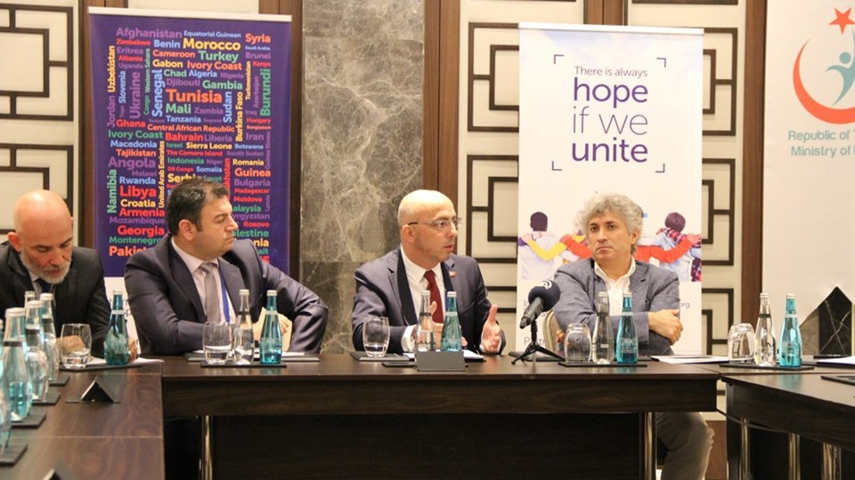 Dr. Cemal Ata Bozoklar,Dr. Yavuz Selim Çınar, Dr. Eyüp Kahveci,Dr. Ömer Özkan