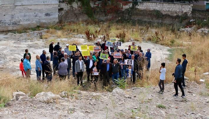 Eskişehir'de beş yıldır ev bekleyenler eylem yaptı