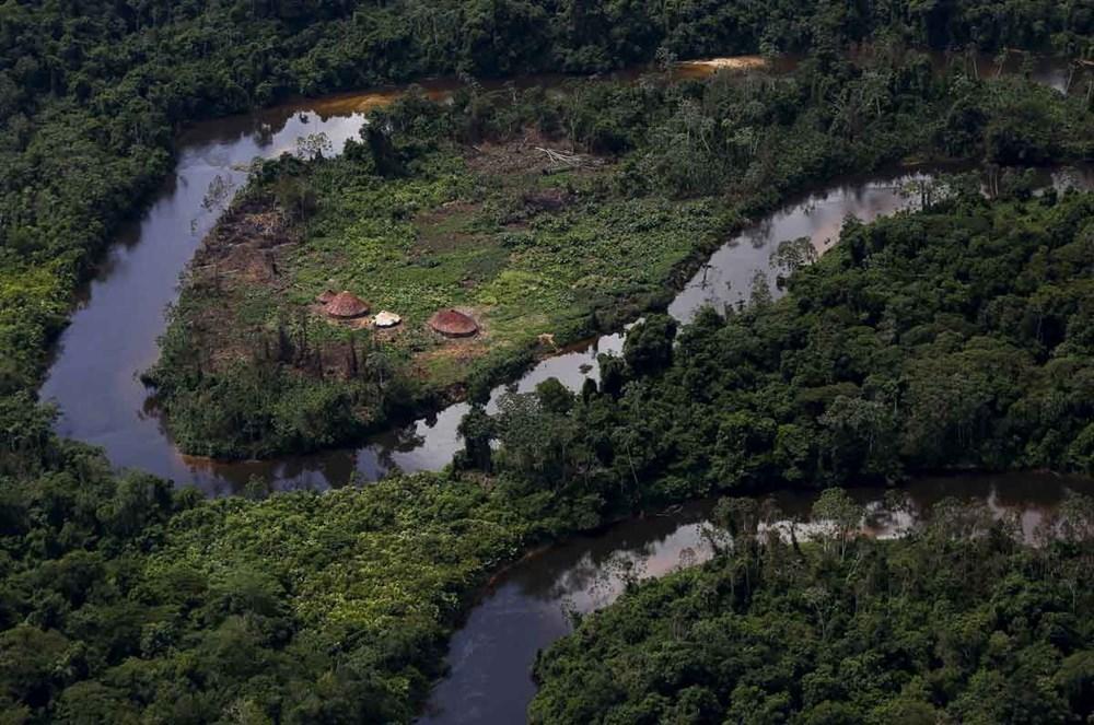 Amazon'un son  kabilesi altın avcıları nedeniyle tehlikede - 2