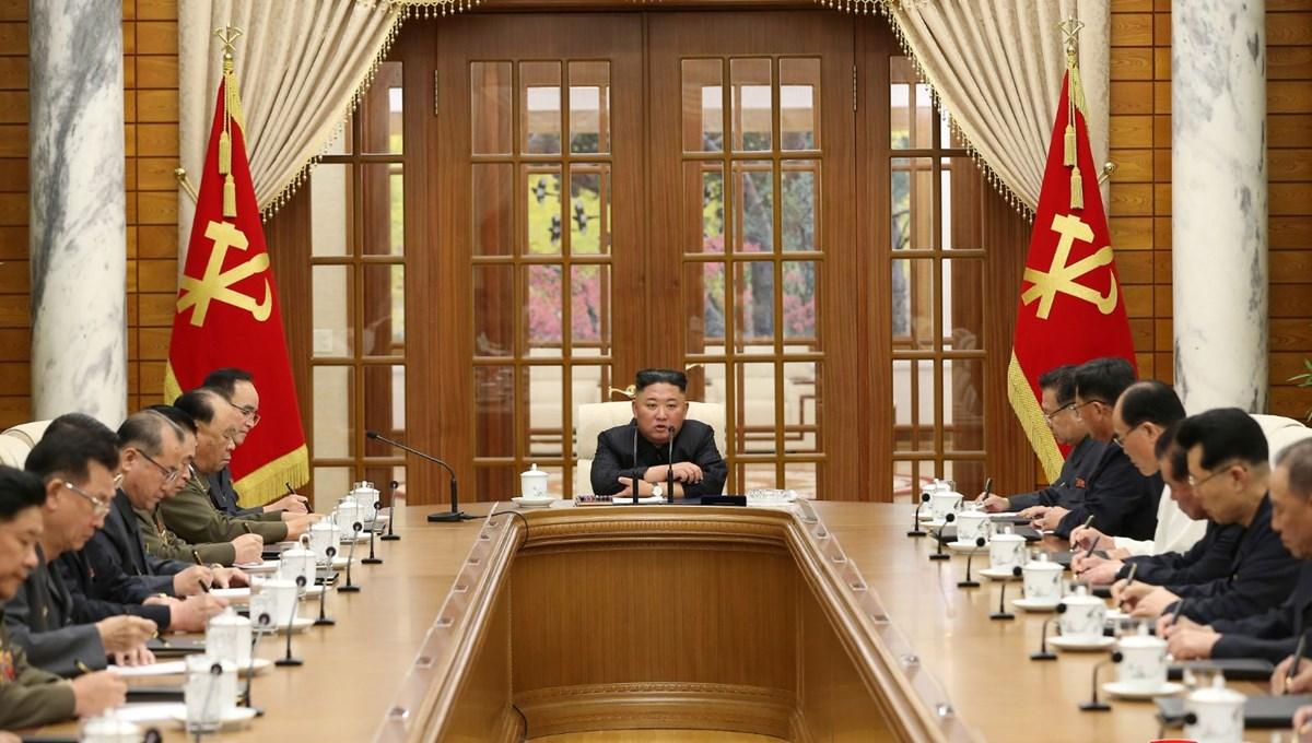 Kuzey Kore lideri Kim Jong-Un, kot pantolon ve yabancı filmlere karşı neden savaş açtı?