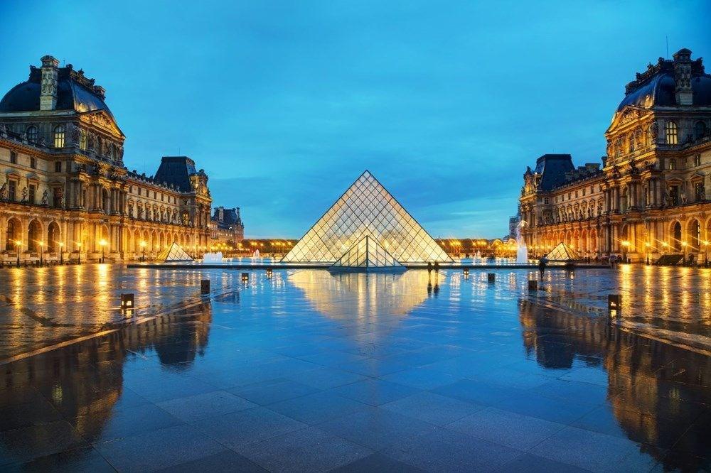 Fransa'da da müze, sinema ve tiyatroda da maske takma zorunluluğu - 2