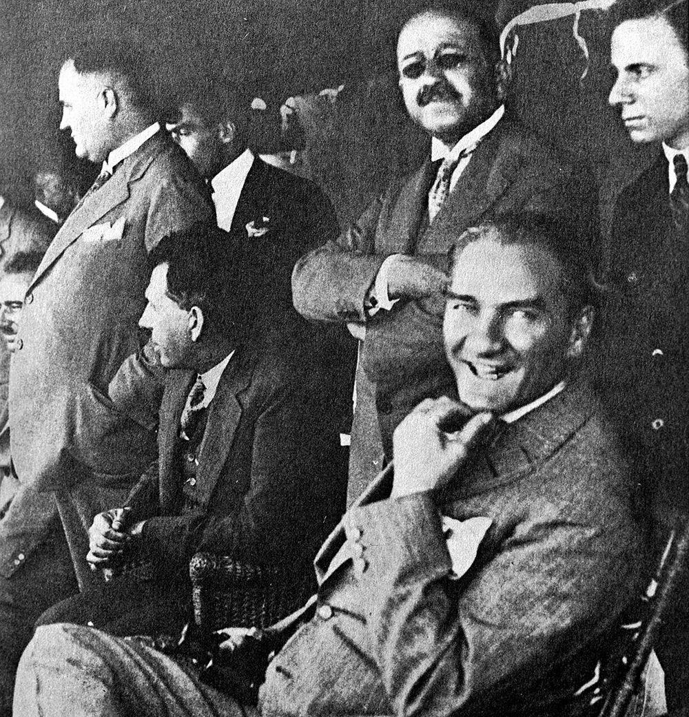 Mustafa Kemal Atatürk'ün ebediyete intikalinin 82. yılı (10 Kasım 1938) - 19