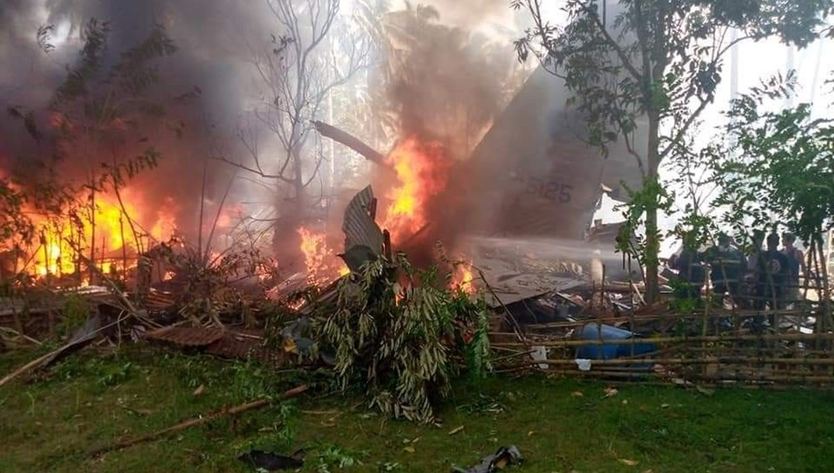 Military plane crashes in Philippines: 29 people lost their lives, 17 missing