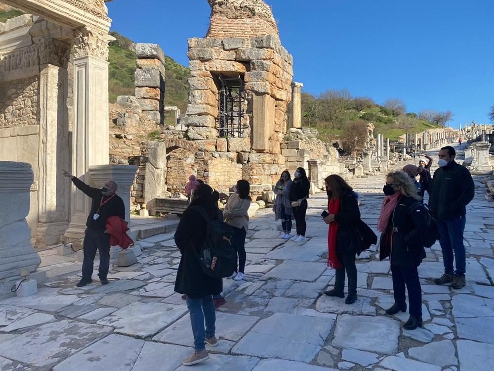 Efes Antik Kenti, pandemi döneminde de güvenli turizmin adresi oldu - 25